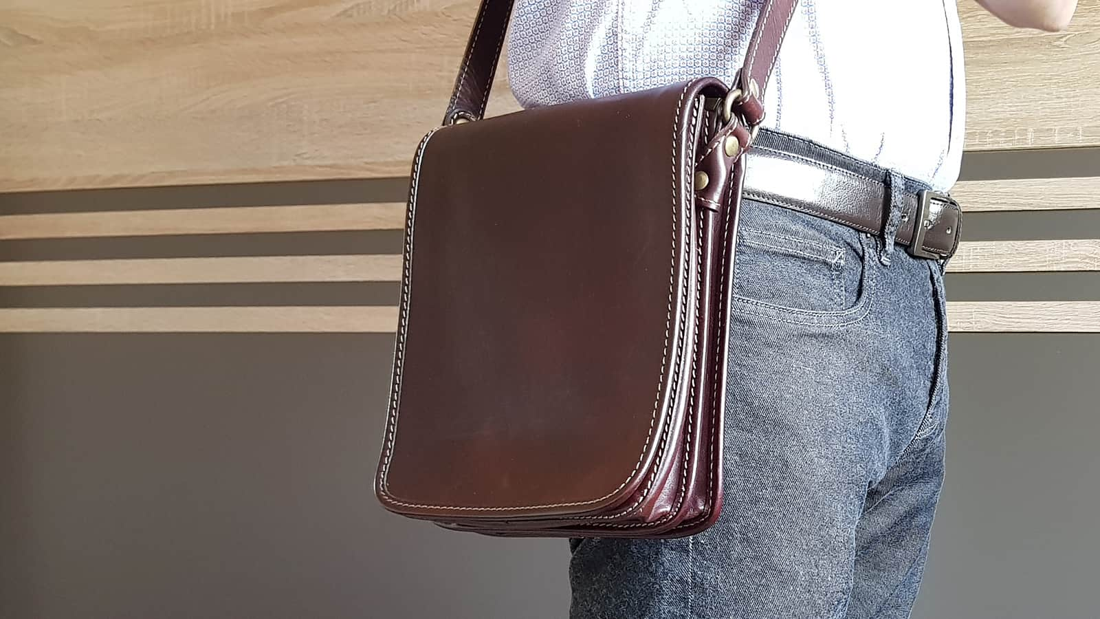 Time Resistance Messenger Bag 'On The Road' worn by a man